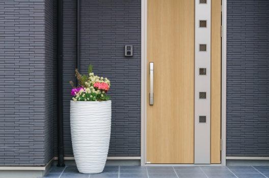 玄関のドアを交換するときの流れ